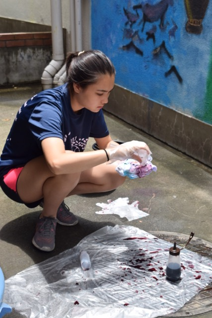 Sports Campers Create Their Own Tie-Dye T-Shirts